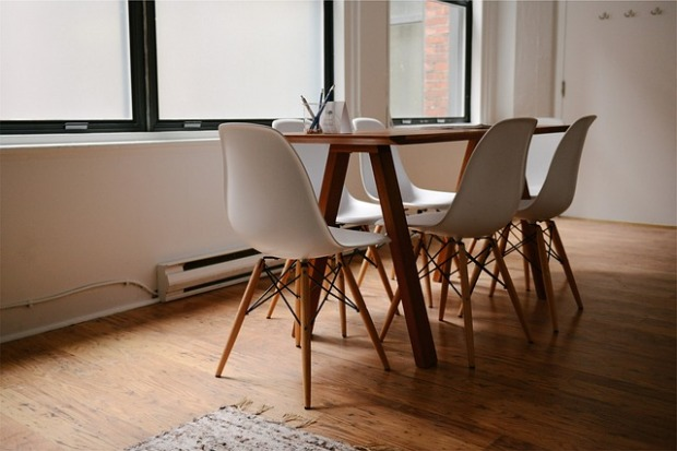 mid century modern chairs, minimalist living