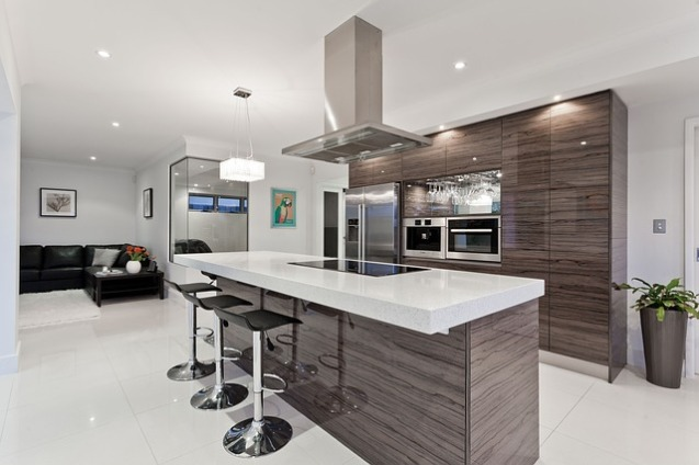 modern kitchen, kitchen designer, interior designer in Medway, Franklin MA, Millis, High gloss kitchen cabinets