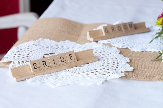 rustic wedding, burlap table settings, wedding decor ideas
